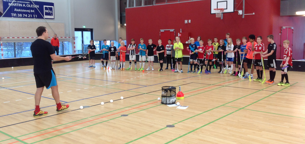 FLOORBALL SHOOTING ACADEMY